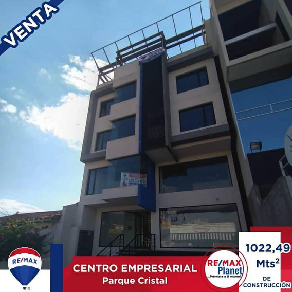 Centro Empresarial Cristal