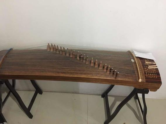 Instrumento Asiático / Arpa