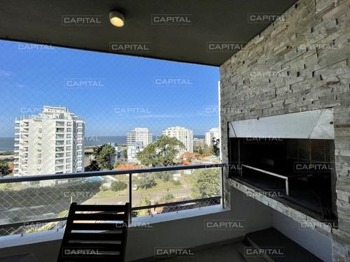 Venta De Apartamento De Dos Dormitorios Con Parrillero Propio- Ref: 31100