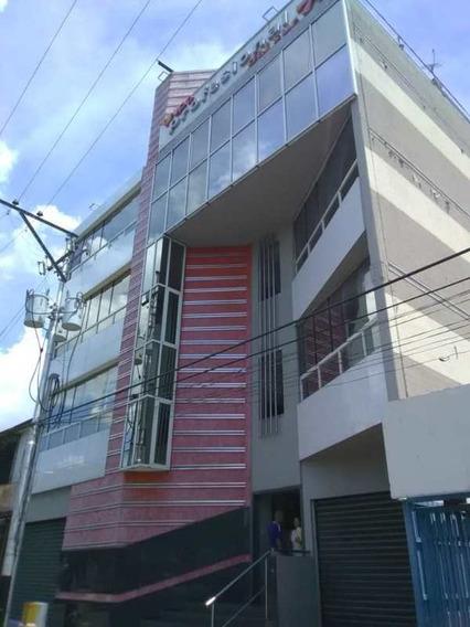 Oficina Centrica Maracay Las Acacias 04243050491