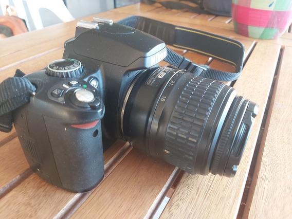 Camara Reflex Nikon D40 D-40 + Estuche + Cargador + Objetivo