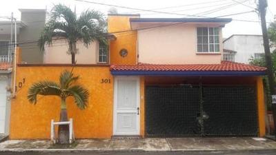 Hermosa Casa En Renta Con Excelente Ubicación
