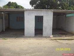 Vendo Casa En Sector Las Delicias. Pto La Cruz
