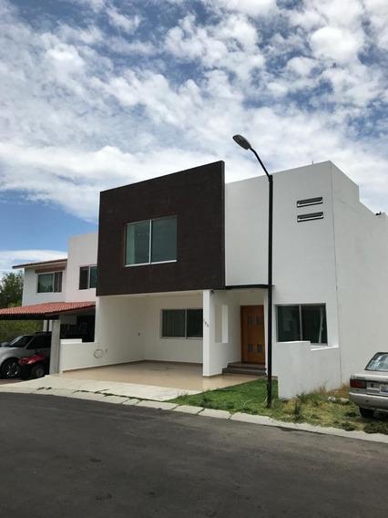 Aproveche Hermosa Casa Centrica En Uno De Los Mejore Lugares