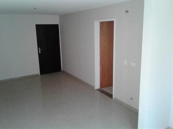 Apartamento En Venta Ciudad Roca 20-11354 Zegm