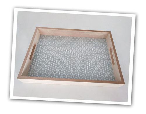 Imagen 1 de 1 de Bandeja Madera 35x4.5x25cm Gris