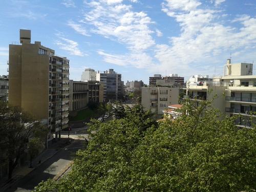A Metros De Arquitectura Y Parque, Con Garage!!!