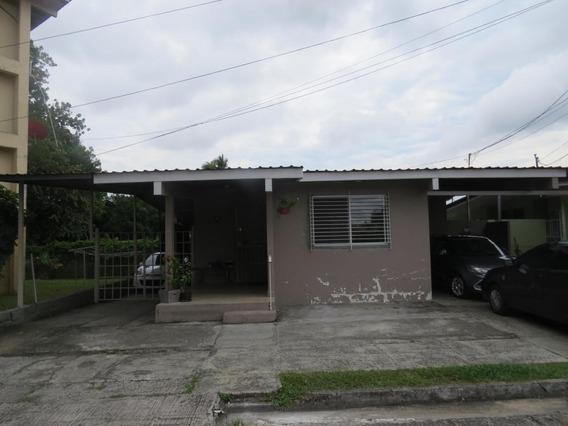 Casa En Venta #19-12339hel** En Parque Lefevre