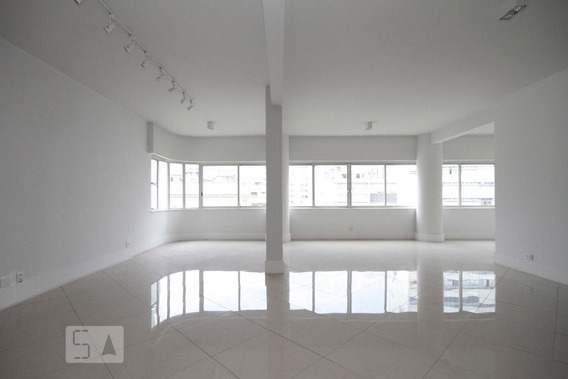 Apartamento No 10º Andar Com 2 Dormitórios E 1 Garagem - Id: 892984209 - 284209