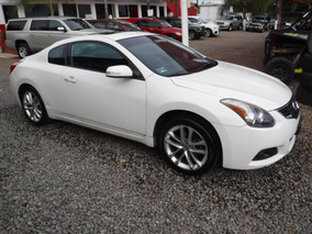 Nissan Altima 3.5 Coupe 2010