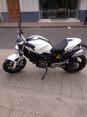 Ducati Monster 696 Bicilindrica 2013