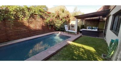 Excelente Casa Para Vivir En Familia!!! 3h3b, 177 Mts2 En 350 Terreno. Piscina, Antejardín,