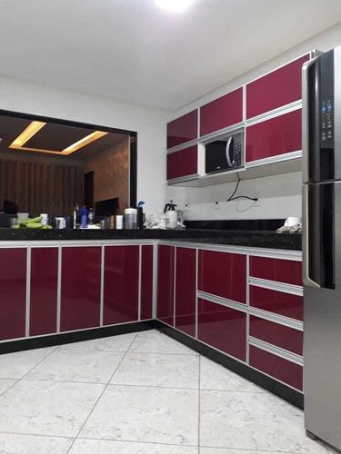 Imagem 1 de 5 de Móveis Resistentes A Umidade De Alumínio E Vidro Sob Medida