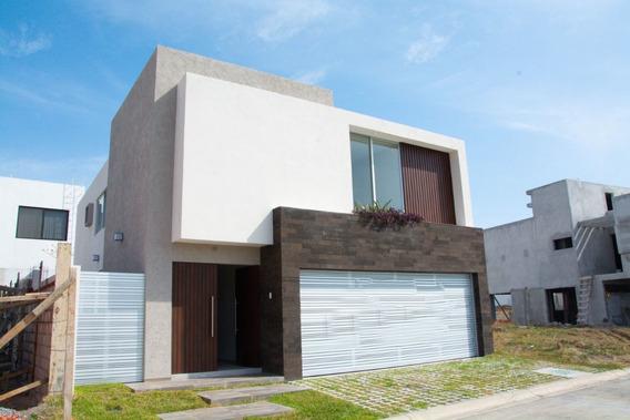 Increíble Residencia De 3 Habitaciones Y Alberca, En Punta Tiburón, Veracruz.