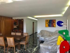 Alquiler De Excelente Apartamento En Sebucán / Ac 20-10476