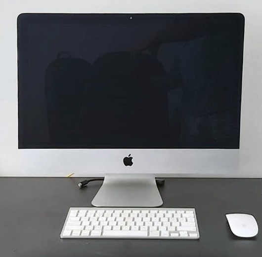 Apple I Mac | 21,5 | 2,7 Ghz | I5 | 16gb Ram | 500gb Ssd