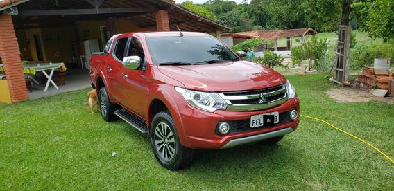 L200 Triton R$131.000,00 2.4 16v Turbo Diesel Sport Top