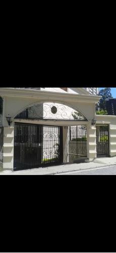 Imagem 1 de 14 de Linda Casa Em Condomínio Com 3 Suítes Fl48