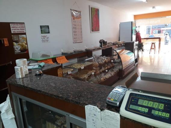 Se Vende Fondo De Comercio Con Valor Actualizado Panadería.