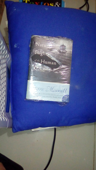 Livro Natural Flights Of The Human Mind / Clare Morrall
