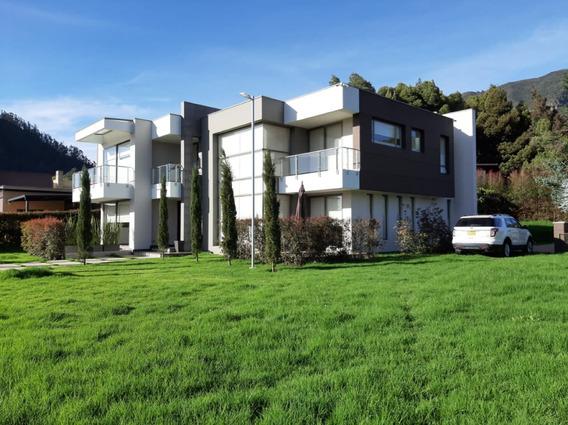 Espectacular Casa En Aquarela Sopó
