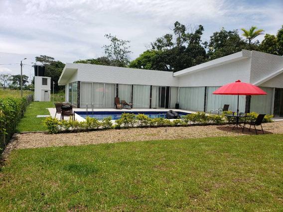 Alquiler De Casa Vacacional De Lujo En Villavicencio