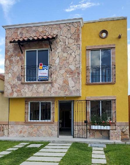Casa En Renta De 3 Recamaras En Real De Navarra / Pachuca