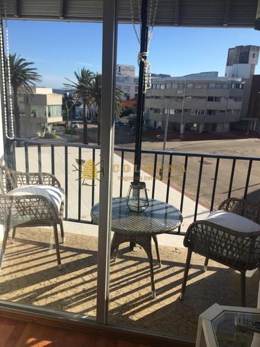 Apartamento En Venta En Península 2 Dormitorios.- Ref: 4227