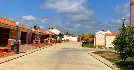Casa Tipo Town House Conjunto Pescadores 1 Tucacas Morrocoy