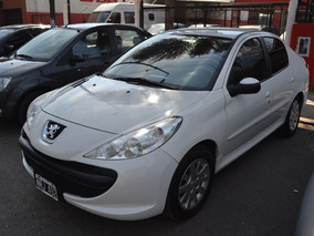 Peugeot 207 Compact 1.6 2015 Nafta 4 Puertas 44502235