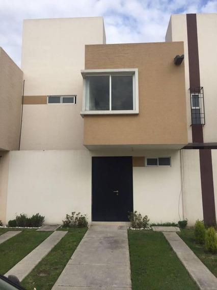 Renta Casa Toluca Misiones 2 Centro Dinámico Pegaso