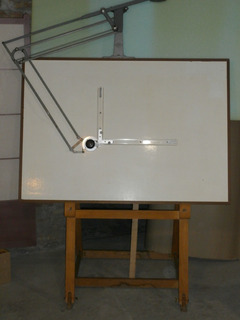 Tecnígrafo Y Tablero Mesa Dibujo Técnico Profesional