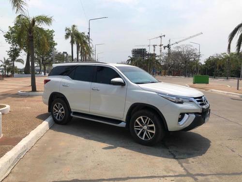 Imagen 1 de 5 de Toyota Sw4 2.8 Srx 177cv 4x4 7as At 2020