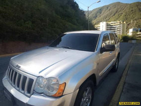Chocados Jeep Laredo 4x4