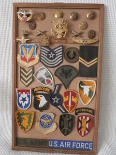 Cuadro Con Insignias Militares Norteamericanas.
