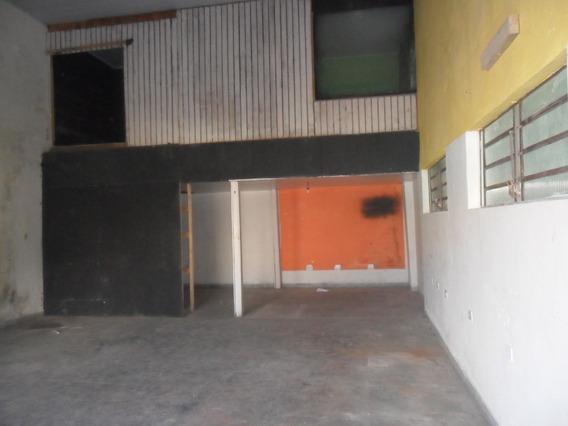 Alugo Barracão No Tatuquara Com 2 Banheiros + Mezanino