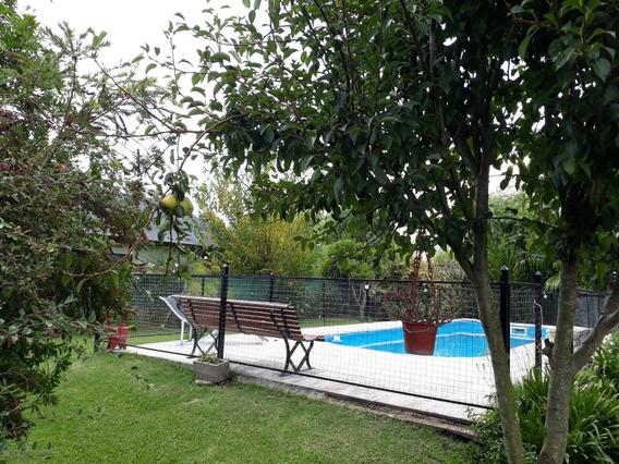 Casa Quinta En Cañuelas, Con Pileta En Barrio Rural