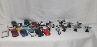 Coleção Com 16 Carros, 03 Motos E 06 Aviões Miniaturas