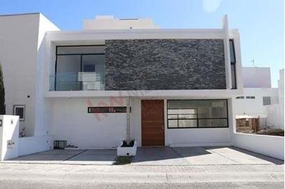 Hermosa Casa Nueva Iluminada Y Amplia