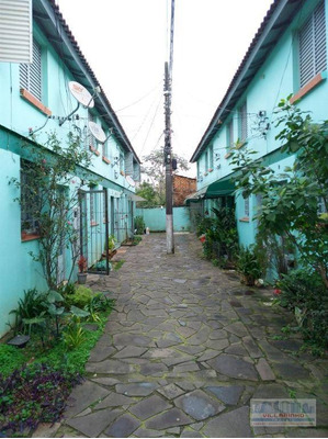 Sobrado Com 1 Dormitório À Venda, 37 M² Por R$ 110.000 - Vila Nova - Porto Alegre/rs - So0002