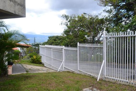 Casa En Venta En Prados Del Este Mls # 20-2131