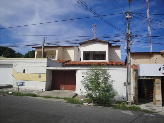 Casa Em Água Fria, Fortaleza/ce De 201m² 3 Quartos Para Locação R$ 1.300,00/mes - Ca332626