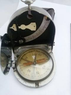 Bússola Militar Antiga. (ñ Baioneta, Espada, Faca, Capacete)