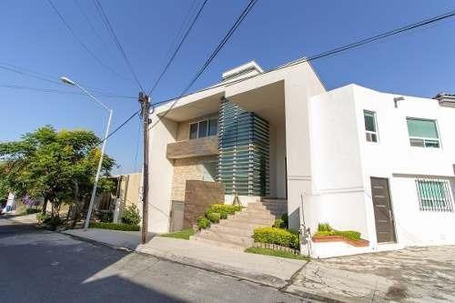 Casa En Venta En San Pedro Garza Garcia Lomas Del Valle