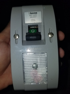 Interruptor Ticino 250v 32a