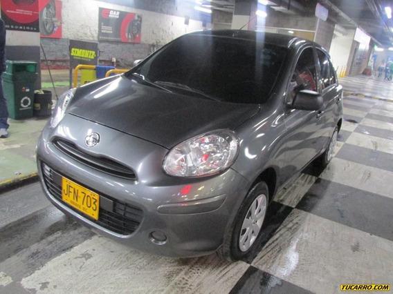 Nissan Almera Almera