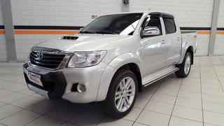 Toyota Hilux 3.0 Cab. Simples 4x4 2p