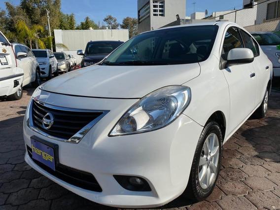 Nissan Versa 1.6 Advance Std 2014 Blanco, Hangar Galerias