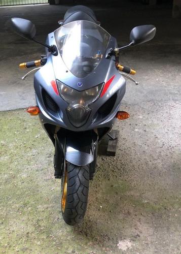 Imagem 1 de 10 de Suzuki Gsxr 750 Srad 2005