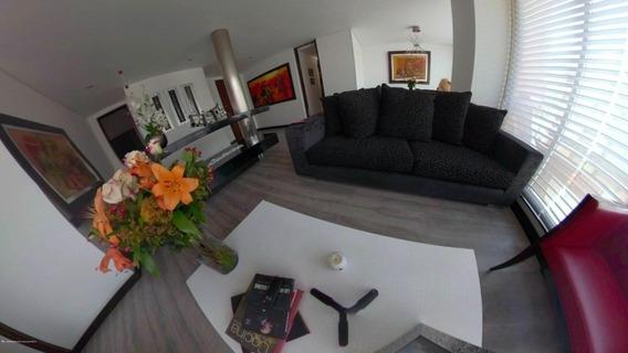 Se Arrienda Apartamento En Chico Norte Mls 20-736 Fr